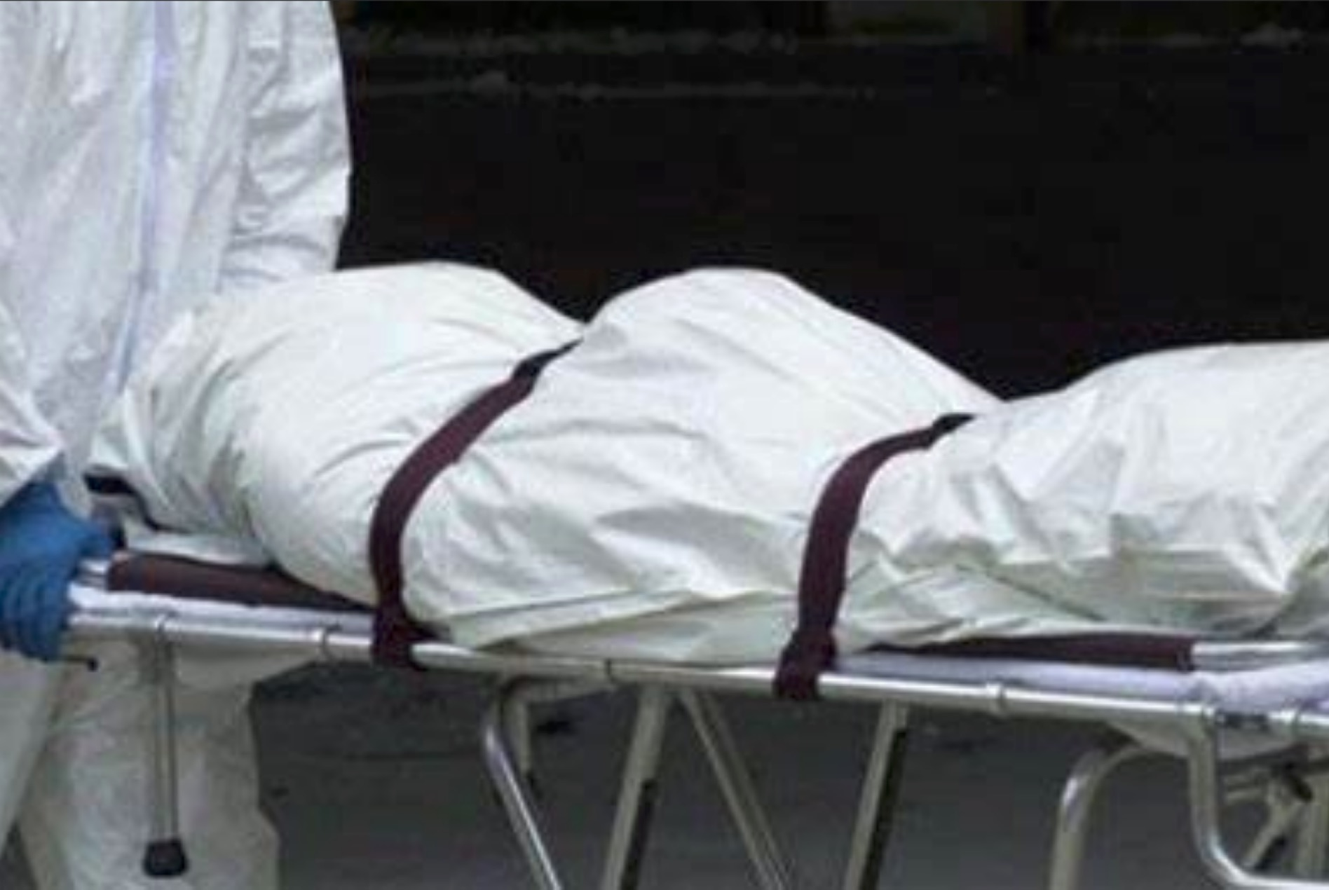 Woman wakes up in a body bag after being declared dead by